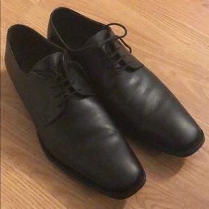 Man shoes black